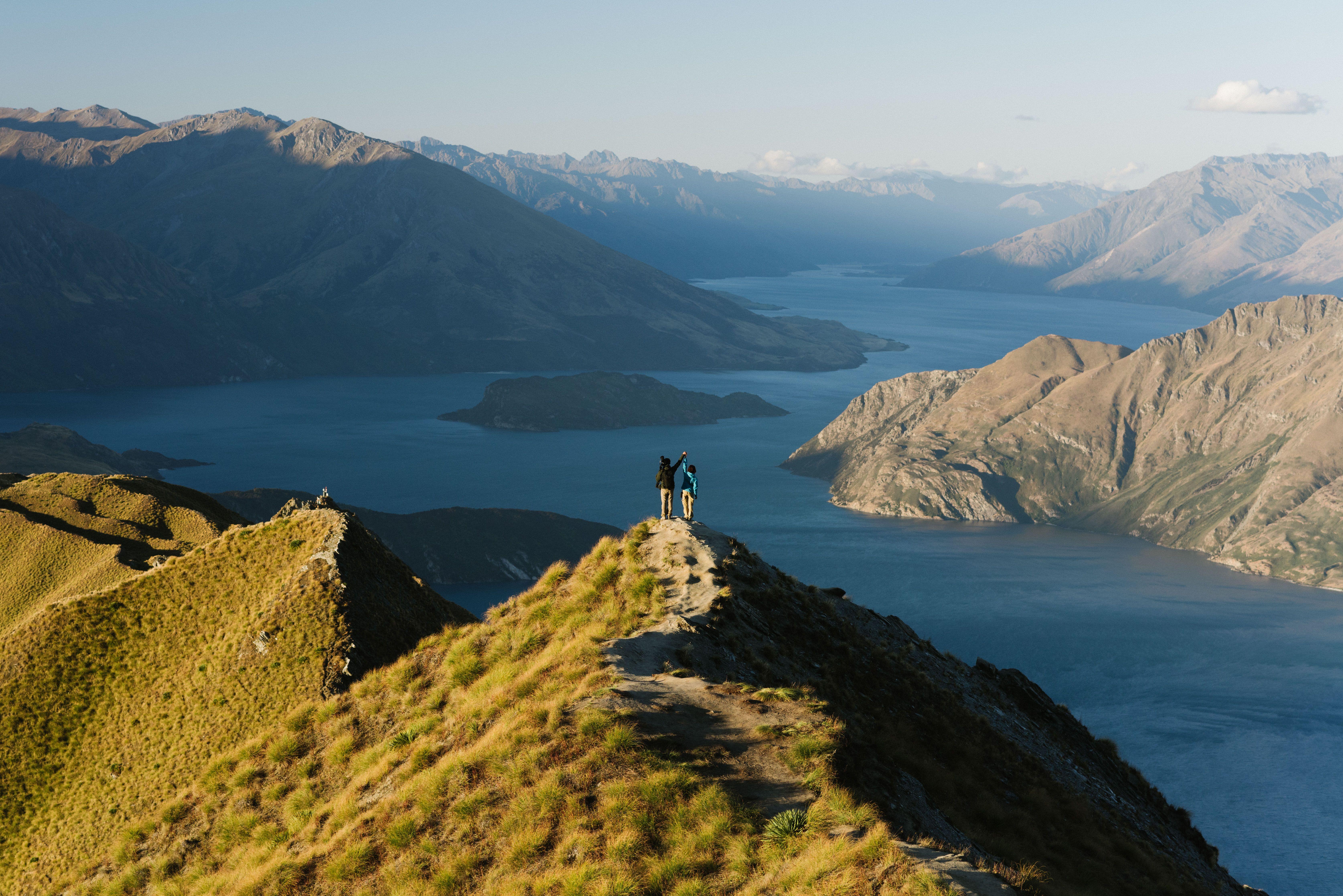 お二人が撮影した山頂の絶景が広がる写真